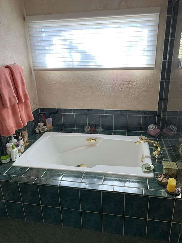 Current Small Bathtub